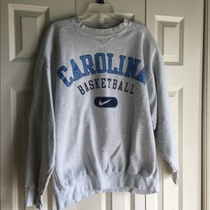 Nike sweatshirt, Carolina basketball